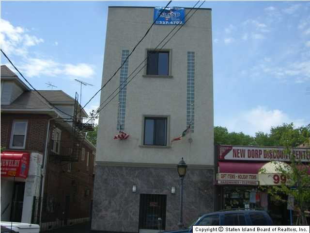 New Dorp commercial property